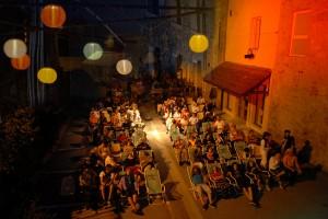 2013 - En plein air avec l'Oreille est Hardie : projection de Sound of noise dans le cadre du Festival Tout Azimut
